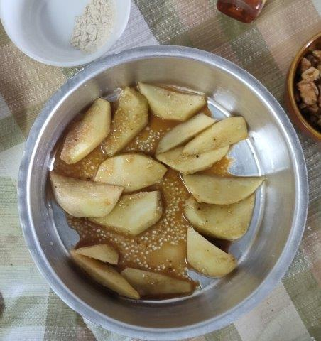 apple cobbler with coffee