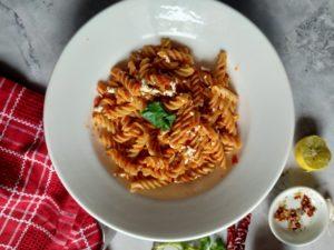 healthy gluten free vegan red pasta